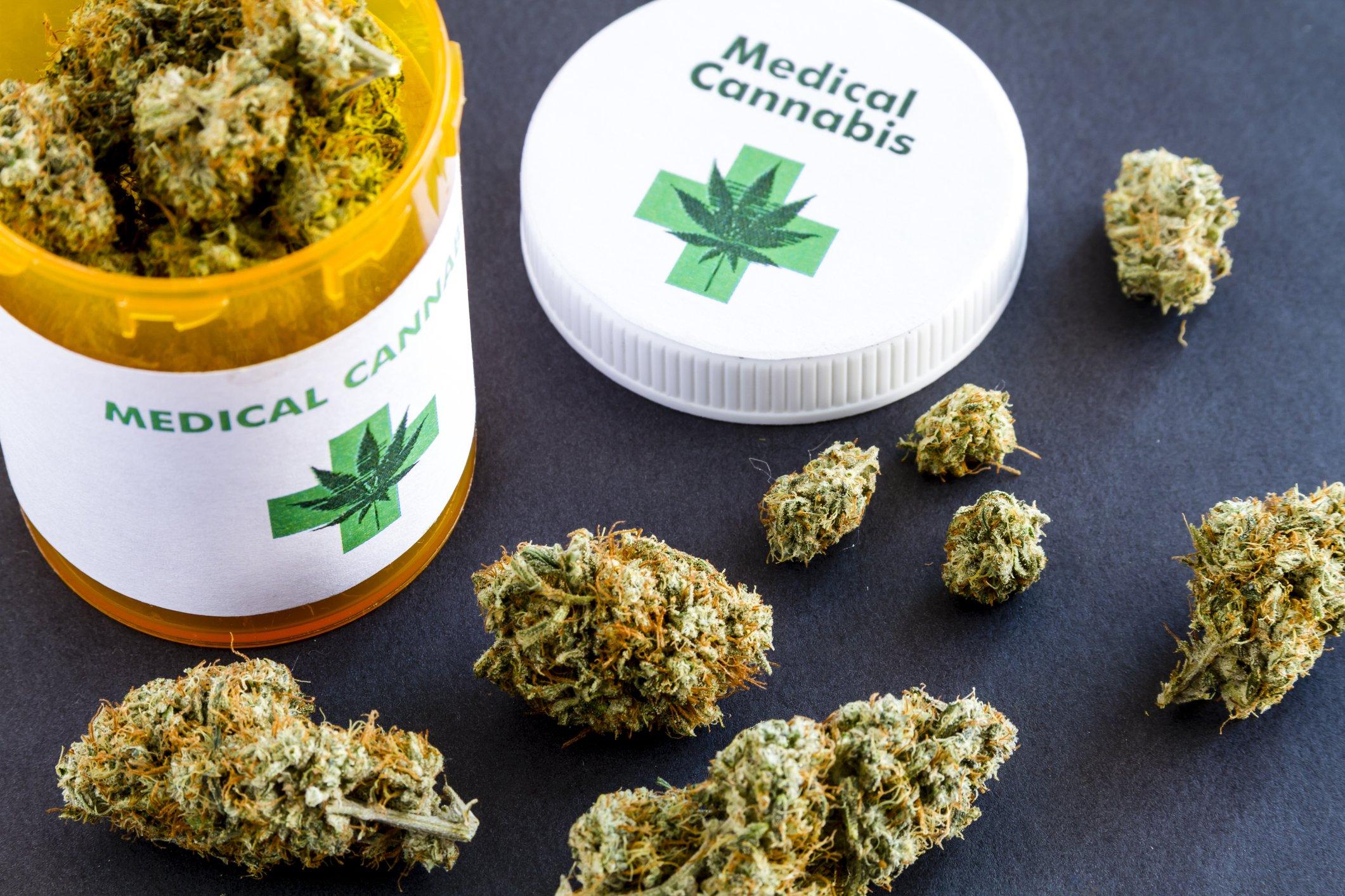 Cannabis: quanto è accessibile quella terapeutica?