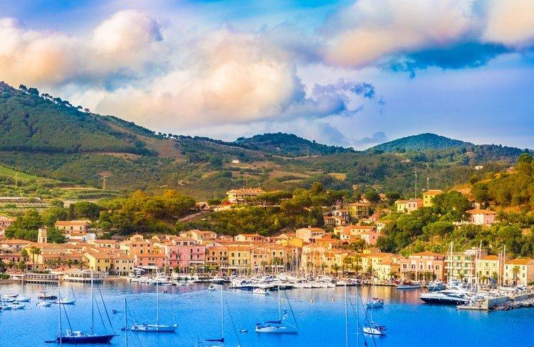 Porto Azzurro: il sindaco Papi mette al bando la cannabis light