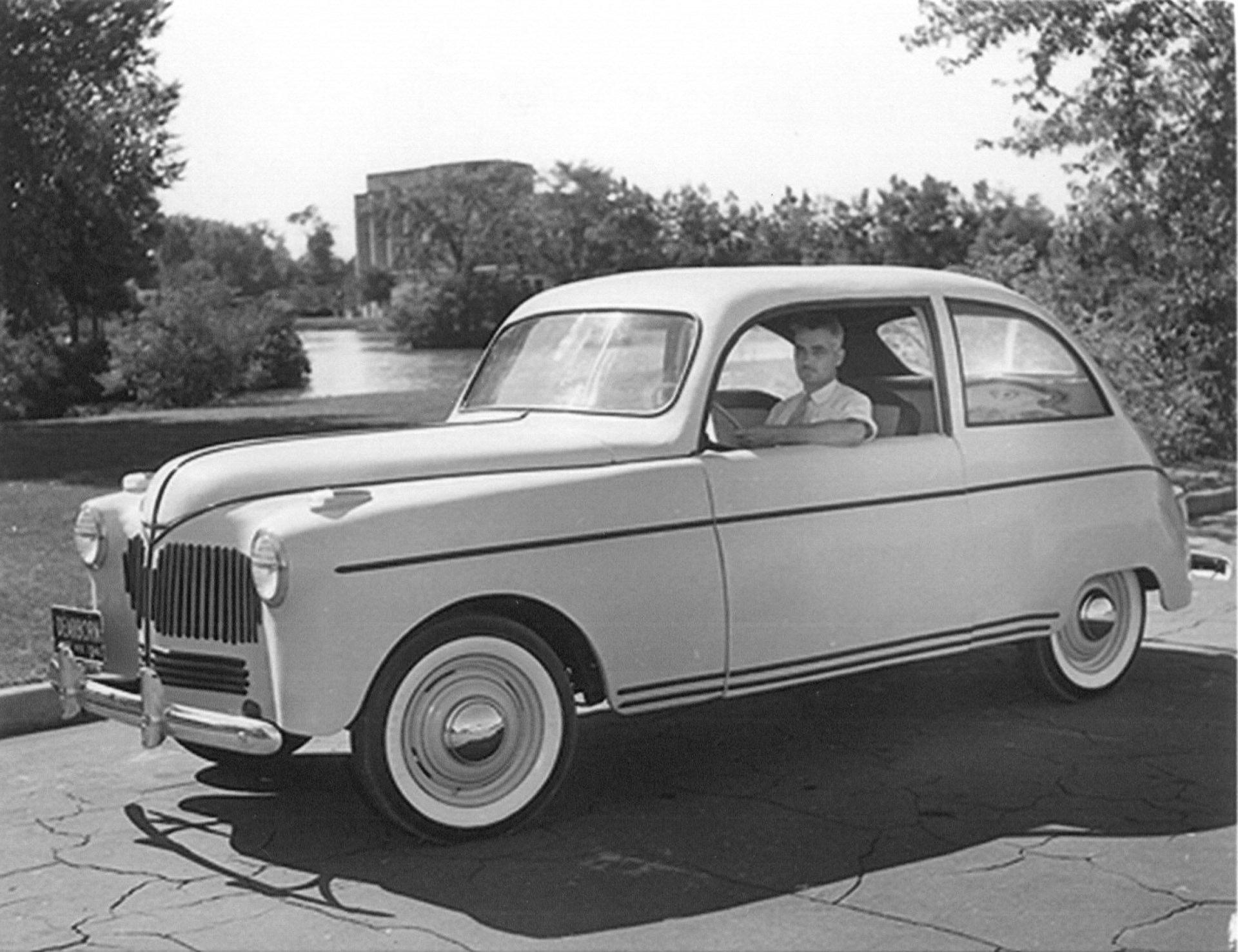 Quando Henry Ford usava la canapa per l'auto del futuro