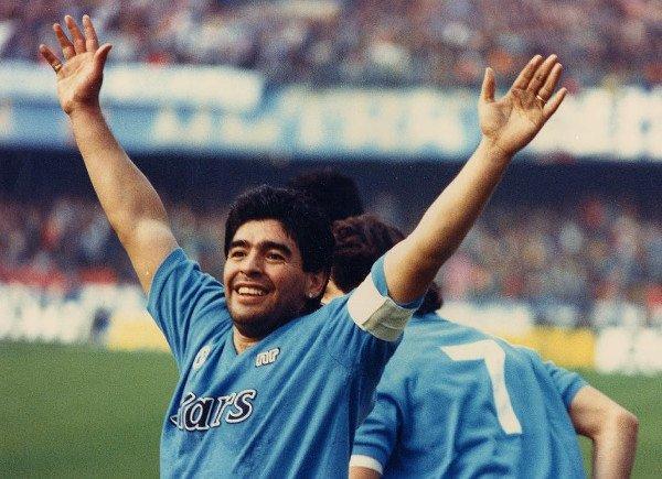 Maradona è morto: arresto cardiaco